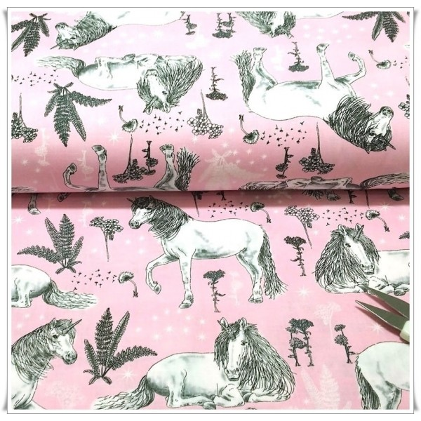 http://www.costurika.es/1128-thickbox_default/tela-sketched-unicorns.jpg