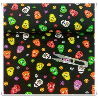 Retal fiesta skulls 50 x 92 cms