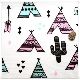 Loneta tipis hippies