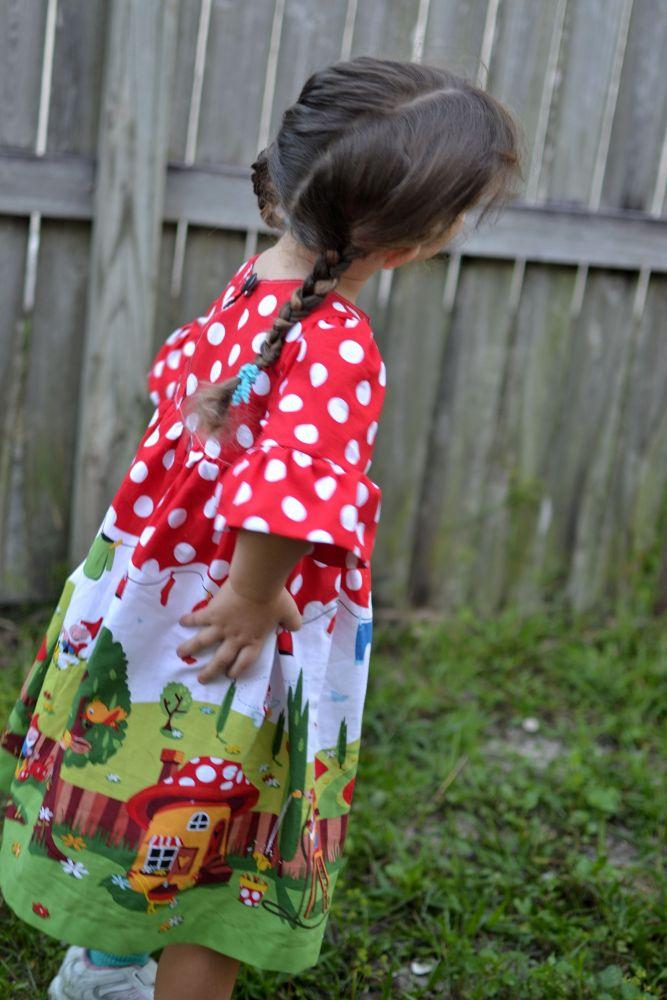 Vestido tela gnomeville