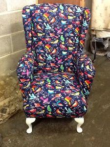 Sofa tapizado con tela flock