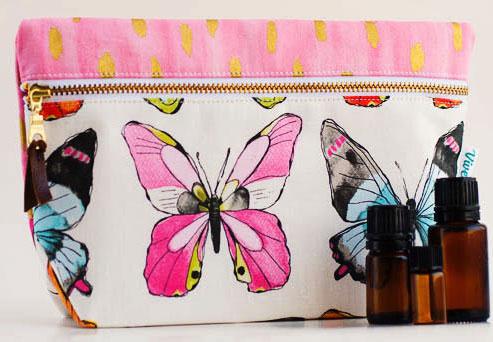 Tela mariposas neceser