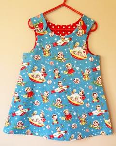 Vestido niña con tela Retro Rockets