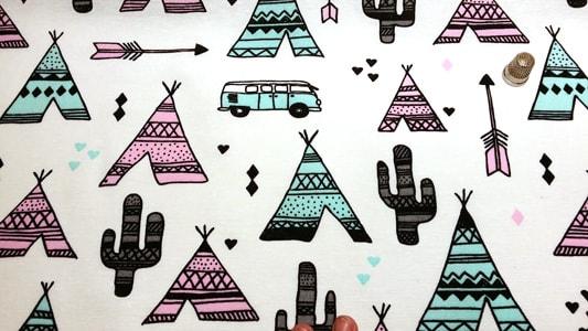 Detalle tela loneta tipis hippies