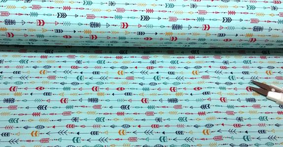 tela french terry flechas turquesa detalle