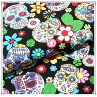 Tela black flowers skulls