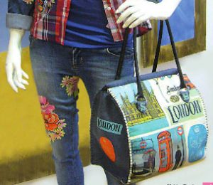 bolso fieltro estampado Londres