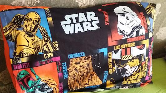 Funda de almohada con los protas de Star Wars